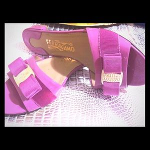 🌸 Salvatore Ferragamo Bisque Patent Sandals :🌸